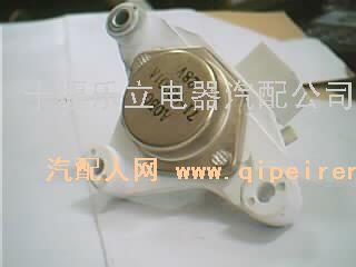 发电机调节器/玉柴配件图号:jfz2902配件产地:东风配件类别:发高清图片